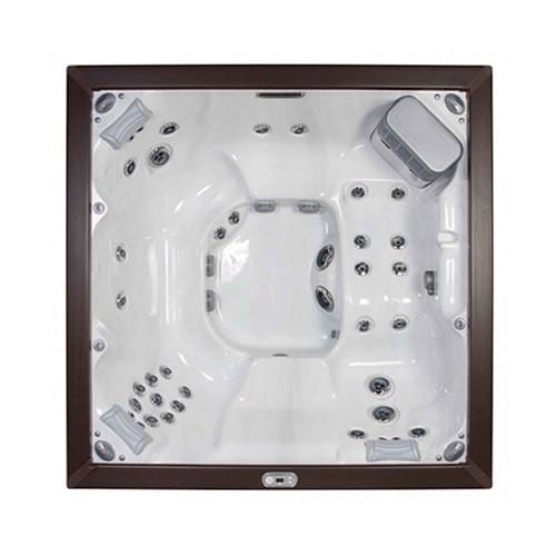 J-LXL® – Jacuzzi® Hot Tub